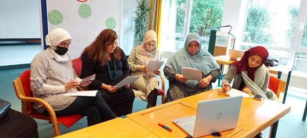 """Projektstart: """"Frauen stärken Frauen – Gegen Radikalisierung"""" (FSF)"""